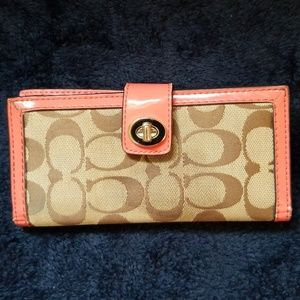 Coach coral wallet